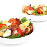 レタスのレシピで人気の炒め物!卵やウインナーを使うとおいしい!