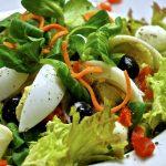 レタスの簡単サラダのレシピ!卵やハムやわかめを使って美味しくしよう!
