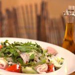 レタスを使ったサラダの人気レシピ!レモンやオリーブオイルでおいしく!